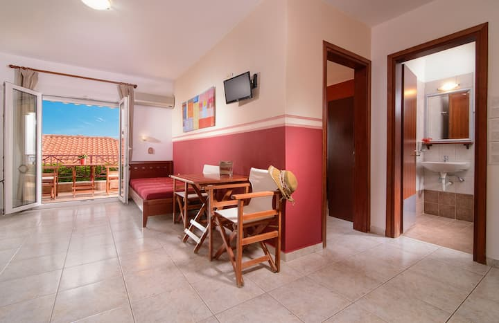 5-beds apartment in Aristea Studios, Sarti.