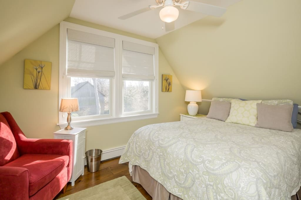 Queen bed, chair, dresser and closets