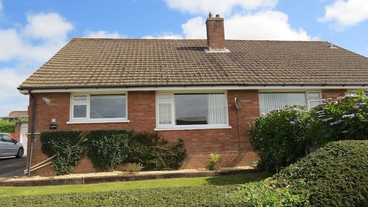 No 46 a quiet comfy well appointed bungalow