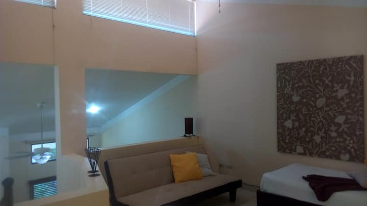 Cozy loft!  sleep 3/1 Bath@ Las Palmas, Coco Beach