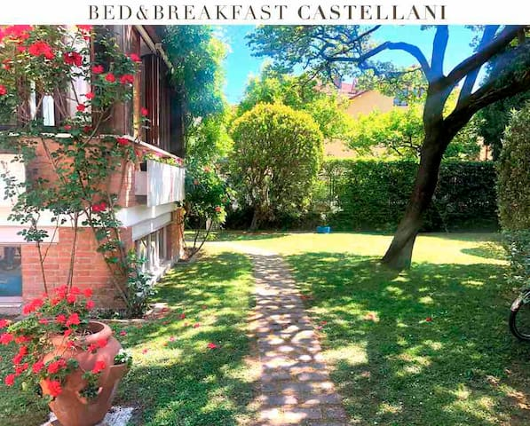 """B&B """"Castellani"""" Lido di Venezia"""