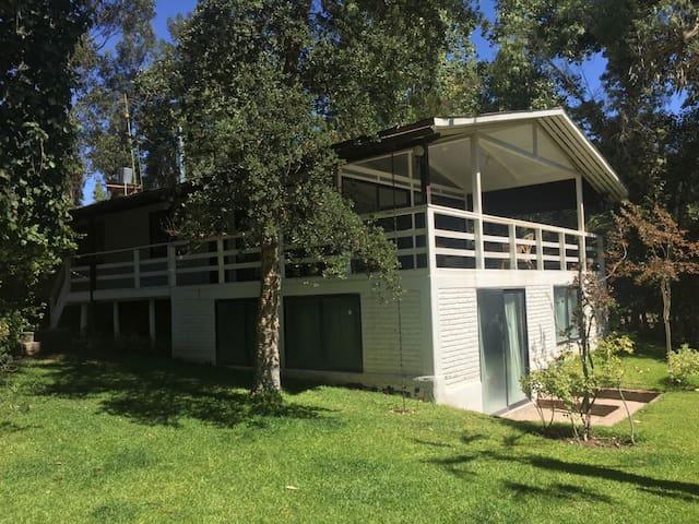 Casa en Lago Rapel, El Manzano.