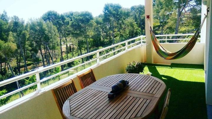 Appartement type 3 avec terrasse dans résidence
