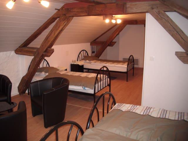 Quad room-Economy-Ensuite-Haute Saône