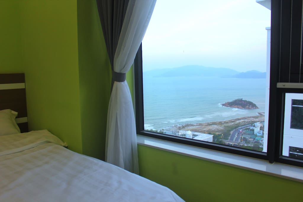 Bedroom #2 with sea view