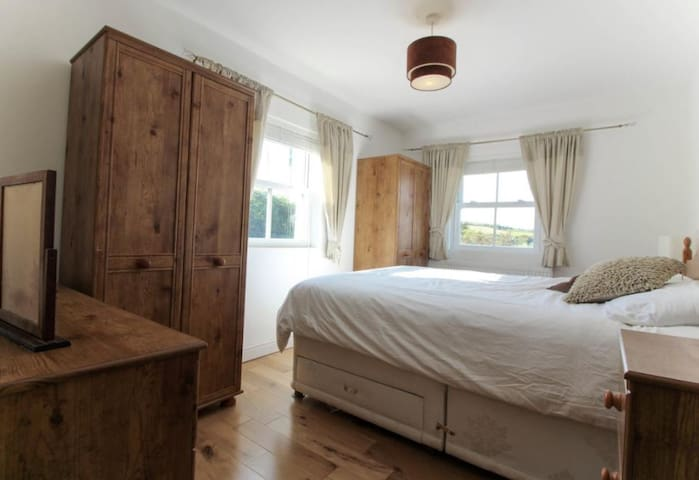 Gorgeous Double Room with Mountain Views