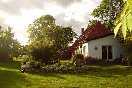Ferienwohnung - Splietsdorf - อพาร์ทเมนท์