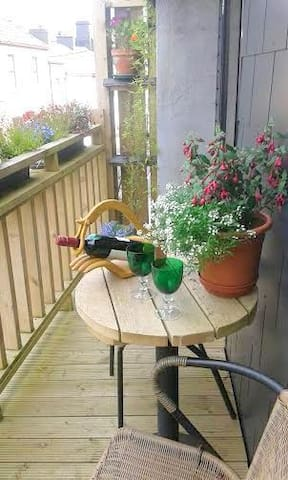 Central duplex apartment with WiFi - Galway - Apartament