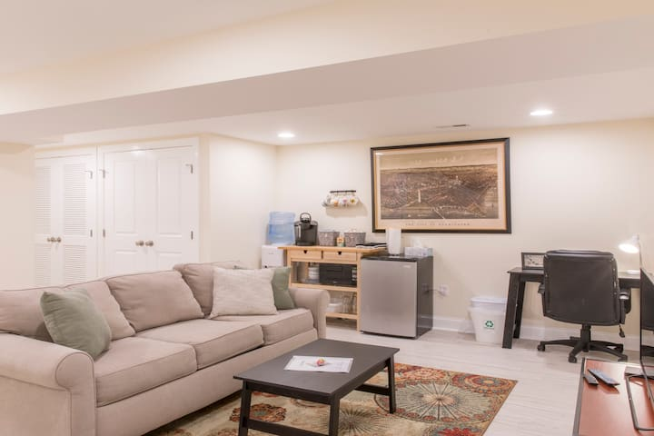 Walkable & Cozy Columbia Heights Apt ★ 1bd | 1ba