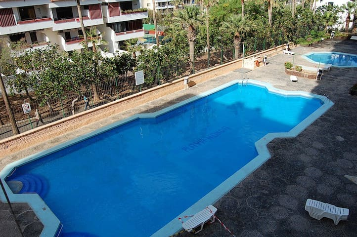 Las Americas apt, great location! - Santa Cruz de Tenerife - Lägenhet