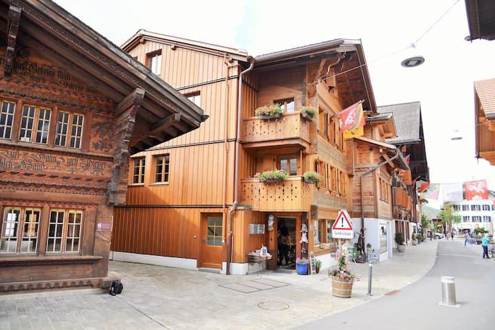Charmante Wohnung im Herzen von Saanen