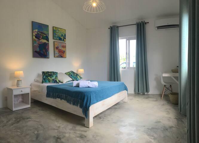 bedroom 2 - 1 double bed + bathroom