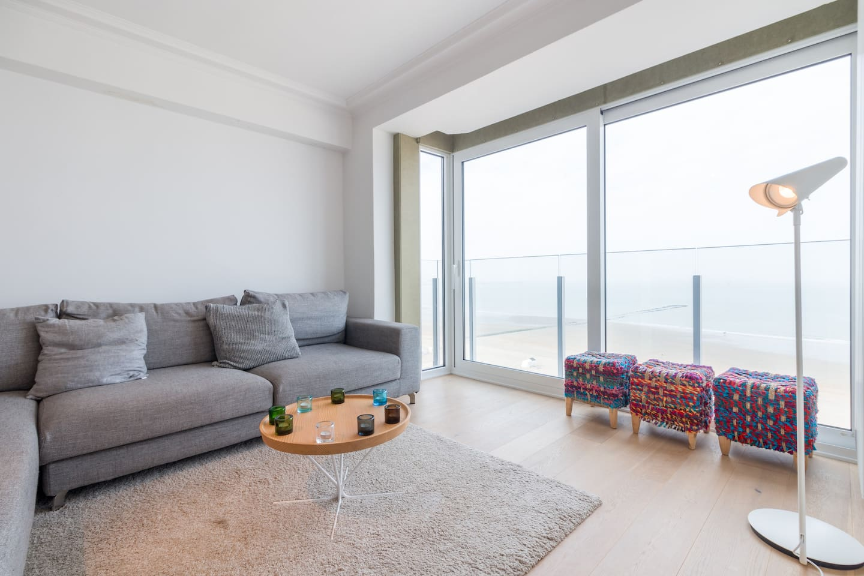 Cozy Living room sea view