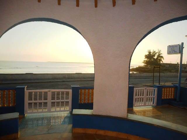 Hostal Sol y Mar, Habitacion 3 - Gibara - Bed & Breakfast