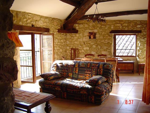 La Grange en Gardèche (Gard-Ardèche) - Aiguèze - Leilighet