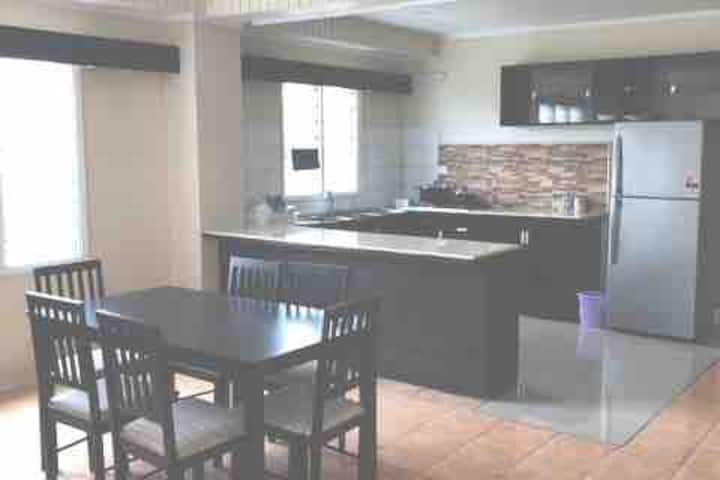 2 bed 2 Bath self contained unit kitchen