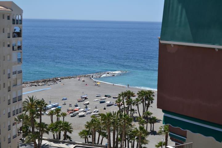 Apartamento primera línea de playa - อัลมูเญกา - อพาร์ทเมนท์