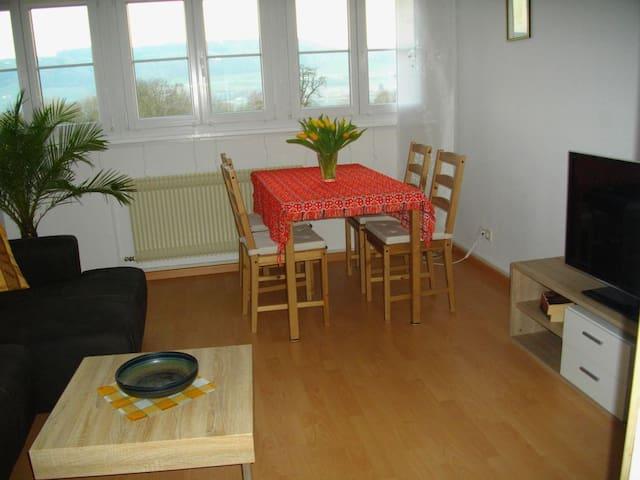 Ferienwohnung Gita, (Öhningen), Ferienwohnung, 60qm, 2 Schlafzimmer, max. 3 Personen
