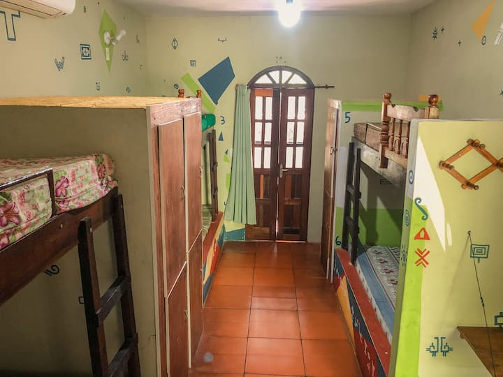 Quarto Guarani - Coletivo Feminino (Ar)