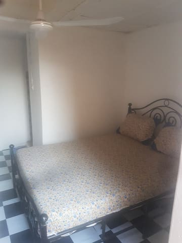 Chambre dans charmante maison à Niamey/6