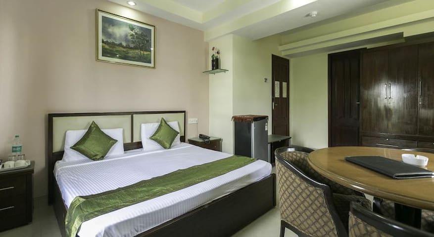 Hotel New Castle - Bombay - Bed & Breakfast