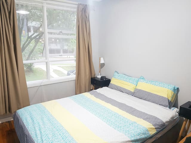 Natural Light Room & Convenience in Carlingford - Carlingford