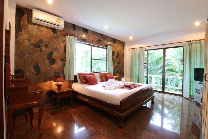 ADVENTURER Apartment with Pool - Rawai - Apartemen