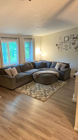 Living Room w/ comfy sectional