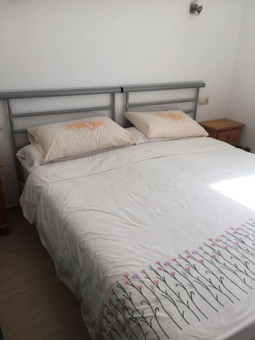 Upstairs Twin or Double Room