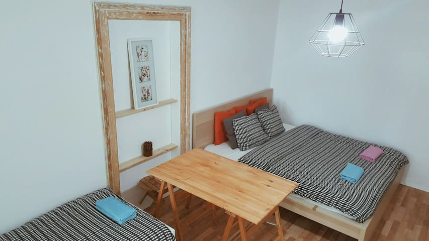 Cozy Room with BALCONY in climatic Katowice
