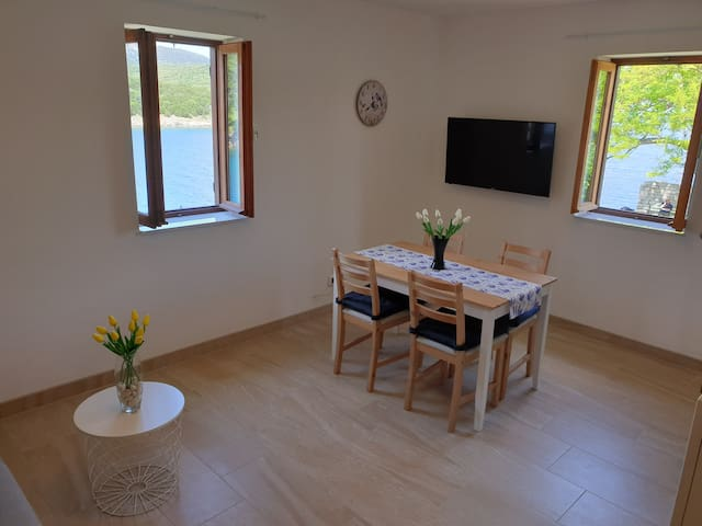 New apartment close to the sea and the beach