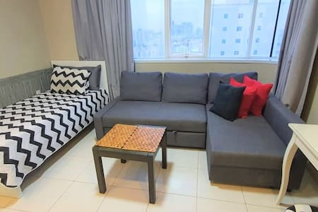 Single Lady's Private Room Sea View &Housekeeping