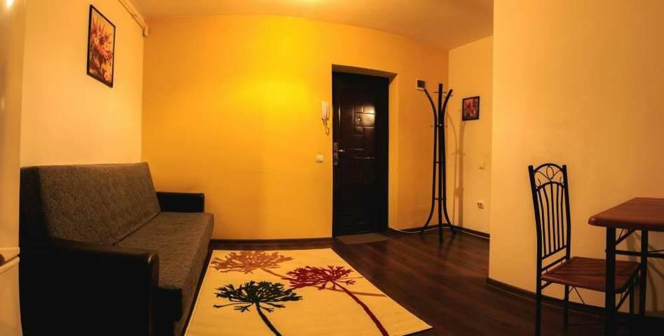 eroilor apartment