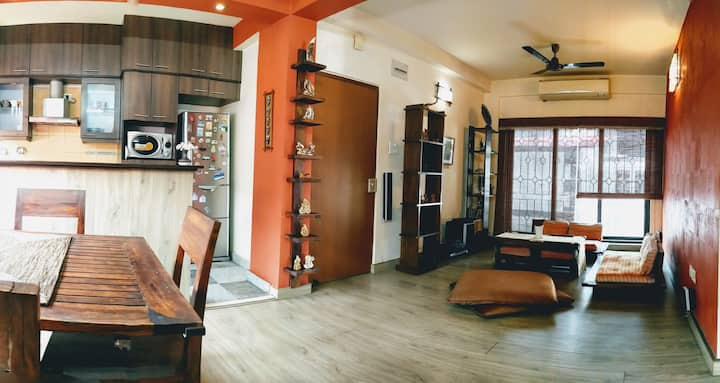 Cozy Apartment in the Heart of South Kolkata