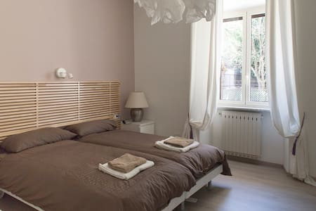 Fully furnished apartment - Roma