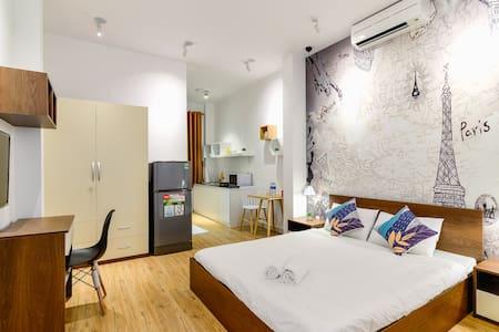 BenThanh Market 2min walk ⭐ Fully equipped Studio2