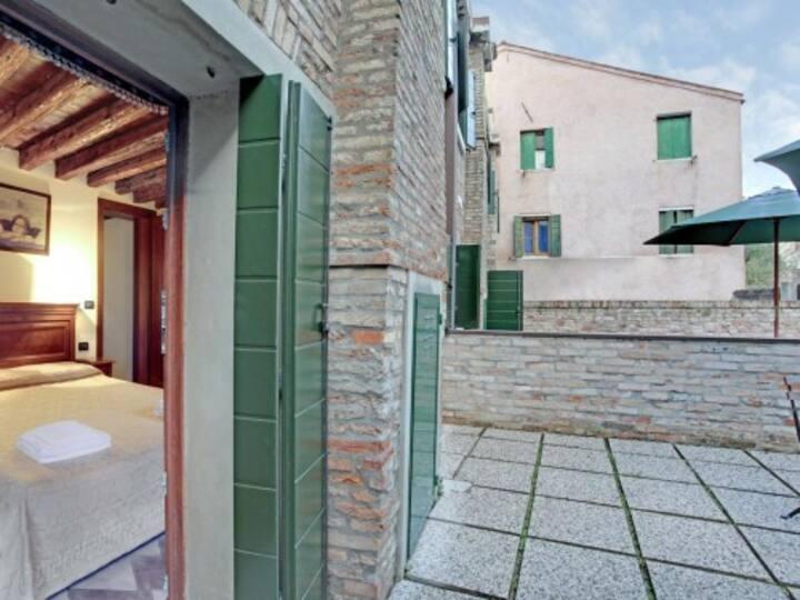 Appartamento per 2 persone con giardino