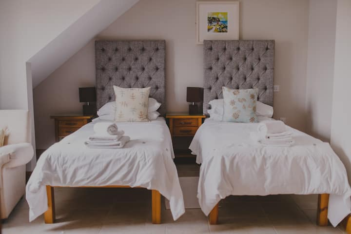 Stylish Double or Twin room by the sea
