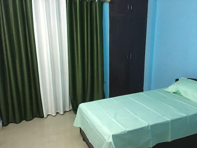 Tuskan Villa - New Delhi - Apartment