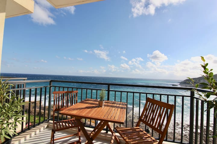 new sea view apartment in diving paradise