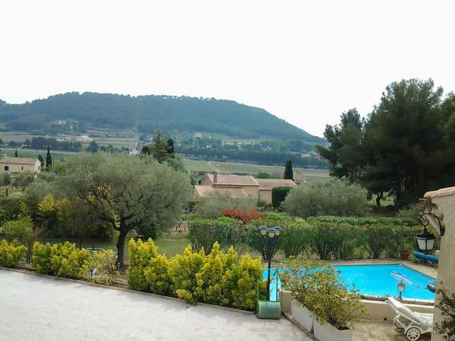 Maison  40 m2 toute équipée - La Cadière-d'Azur - Huis
