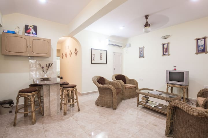 Classy AC Homestay with Goan Cook,Kitchen,Cycle