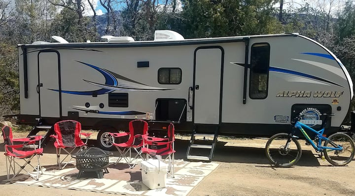 Alpha Wolf RV, Sleep 9, Delivered Your Spot