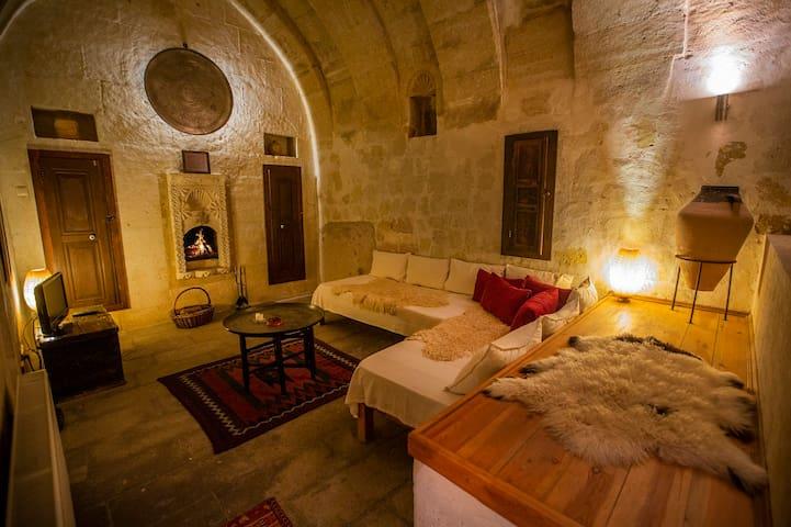 Şırahane - Asmali Cave House
