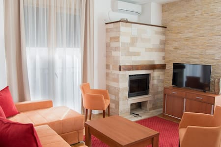 Luxury apartment in Zlatibor with a view to Tornik - Zlatibor - Wohnung