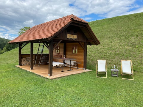 Hut at the Eco-farm Artisek