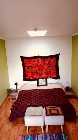 Habitación en el corazón de Cerro Alegre