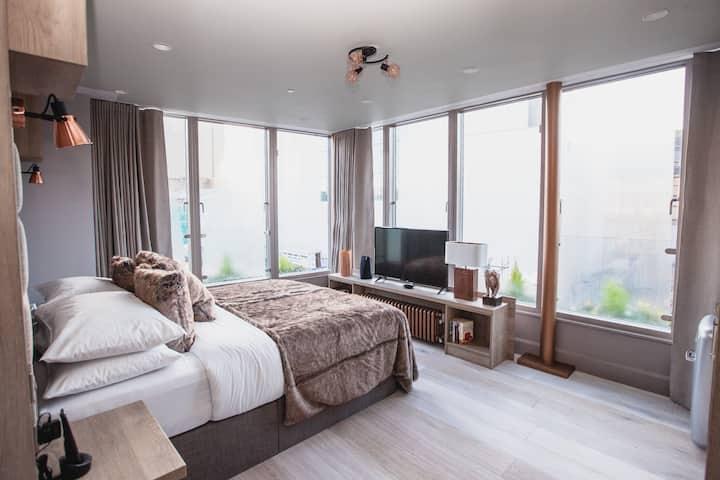 Clarendon Suites - Penthouse