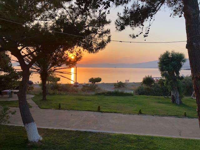 Bouros Seaview Retreat