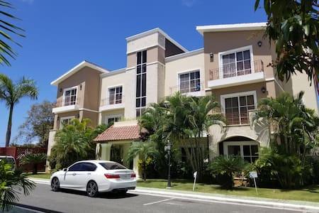 Big&comfy pool condo - 6 guests @white sands